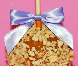 Cashew Caramel Apple